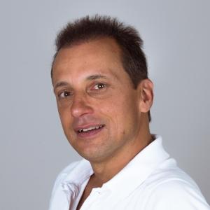 Dr. med. Nicholas Löwer